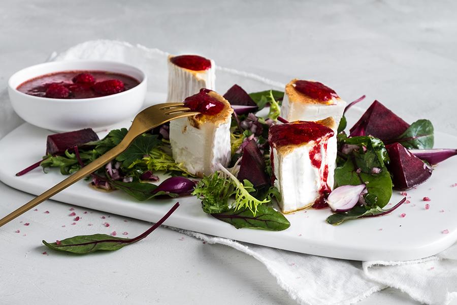 salat med rødbeter og chevre