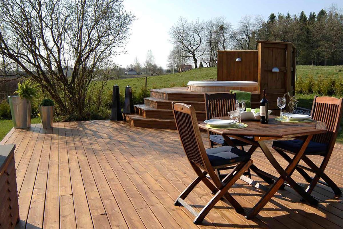 e45d650f Vet du egentlig forskjellen på et varmebehandlet terrassebord og et  CU-impregnert terrassebord? Slik
